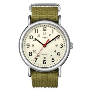 TIMEX Weekender 38mm olive green strap indiglo